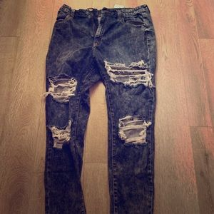 Fashionova ripped jeans